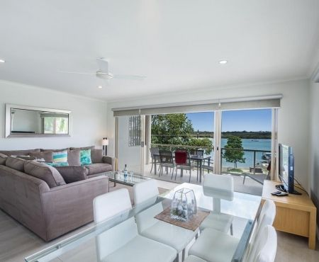 u28-holiday-apartments-noosaville (1)