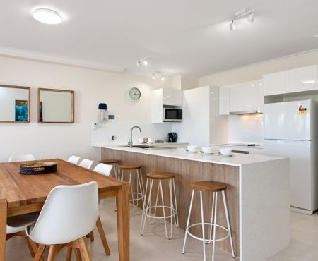 u12-apartments-near-gympie-terrace (8)